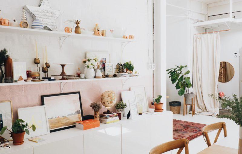 Fare spazio dentro e fuori: decluttering
